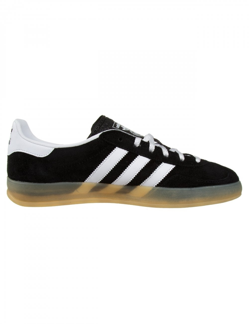 black indoor gazelles