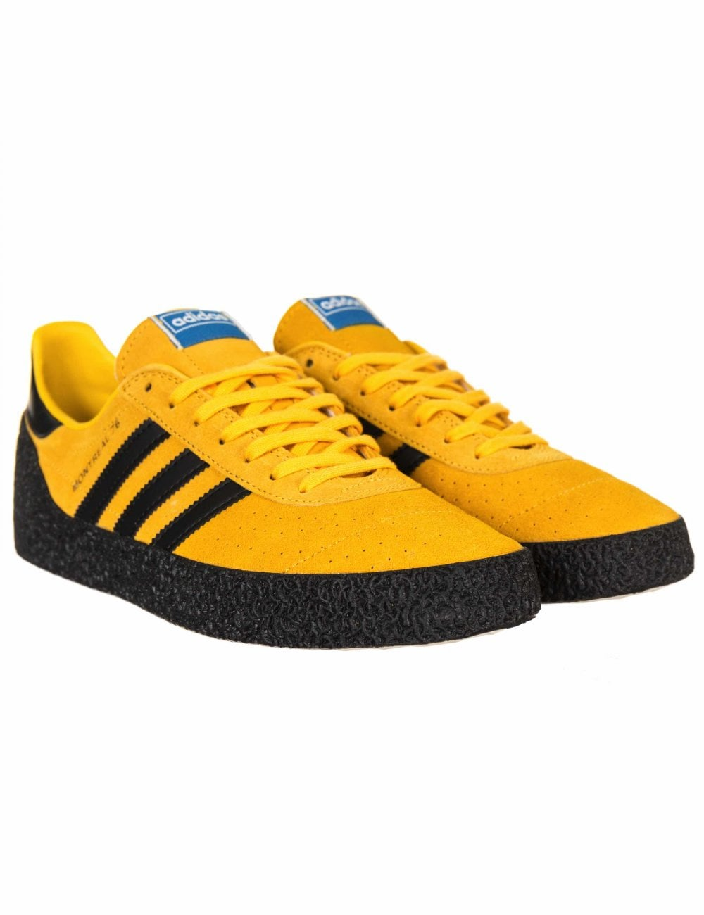 Ondular Comercio intersección  Adidas Originals Montreal 76 Trainers - Gold/Black - Footwear from Fat  Buddha Store UK