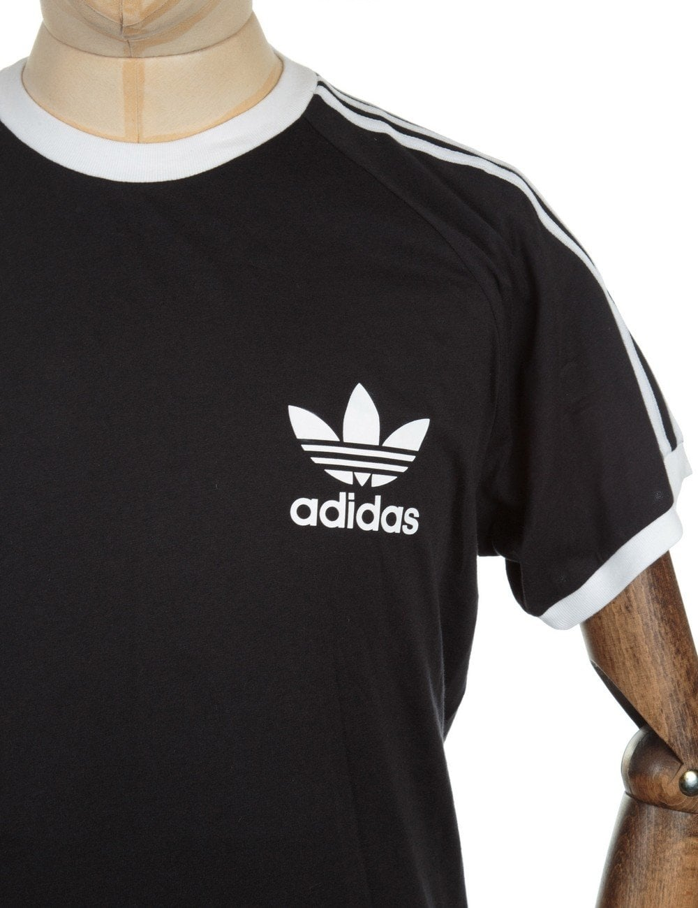 adidas originals retro logo tee