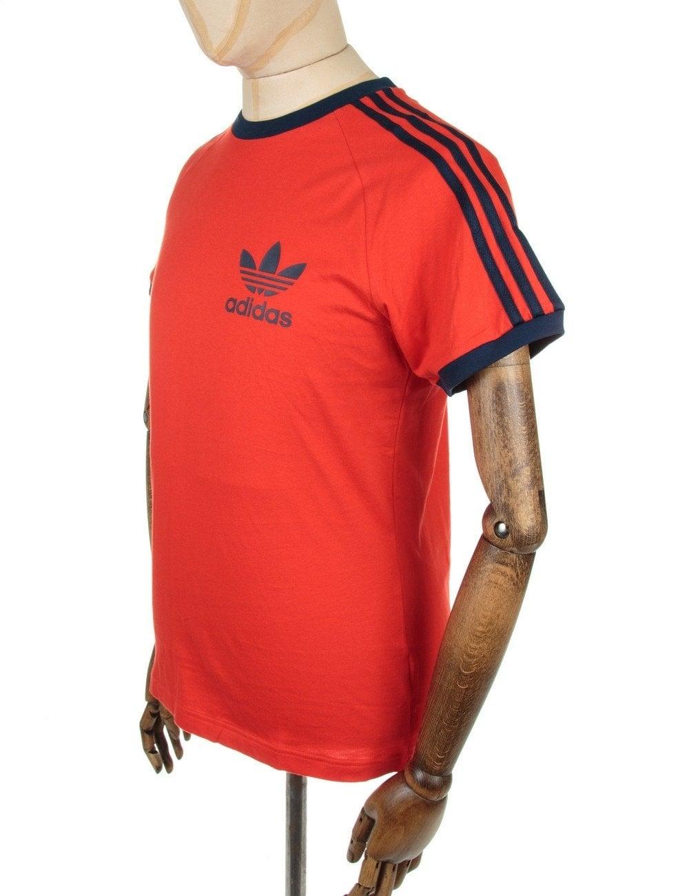 Cuestiones diplomáticas hasta ahora tengo hambre  Adidas Originals Retro Trefoil Logo T-shirt - Red - Clothing from Fat  Buddha Store UK