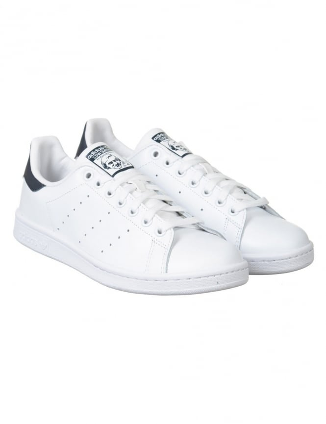 Adidas Originals Stan Smith Shoes - White/Navy