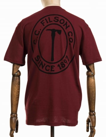 S/S Outfitter Graphic T-Shirt - Burnt Red Pulaski