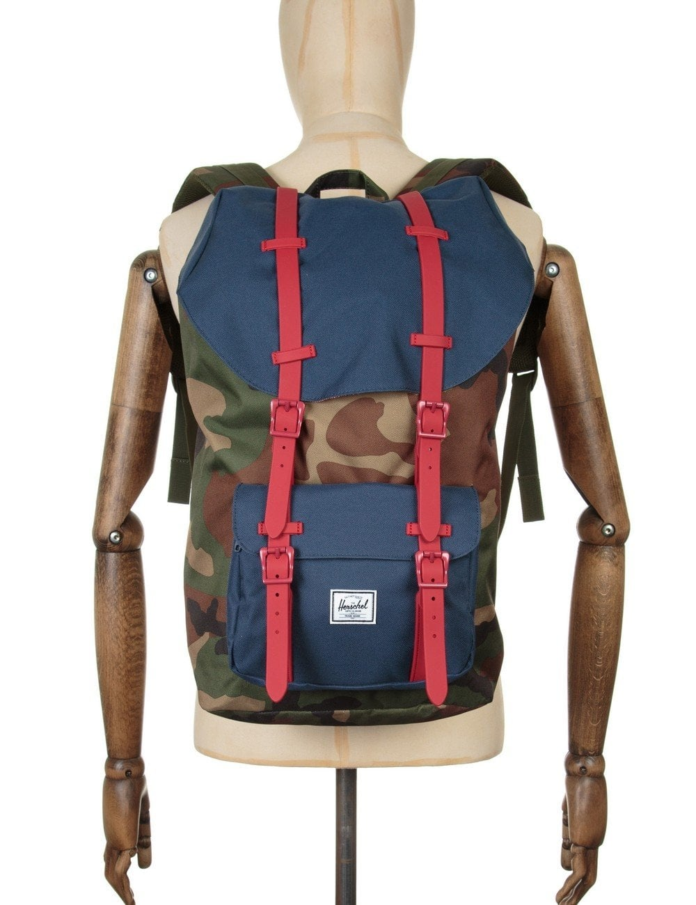 675c8c3d864 Herschel Supply Co Little America 25L Backpack - Woodland Camo Navy ...