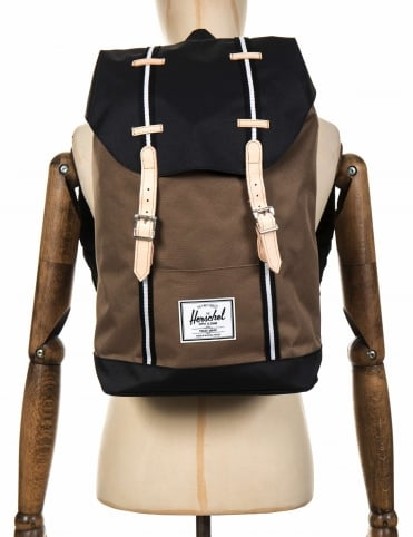 Retreat 19.5L Backpack - Cub/Black/White