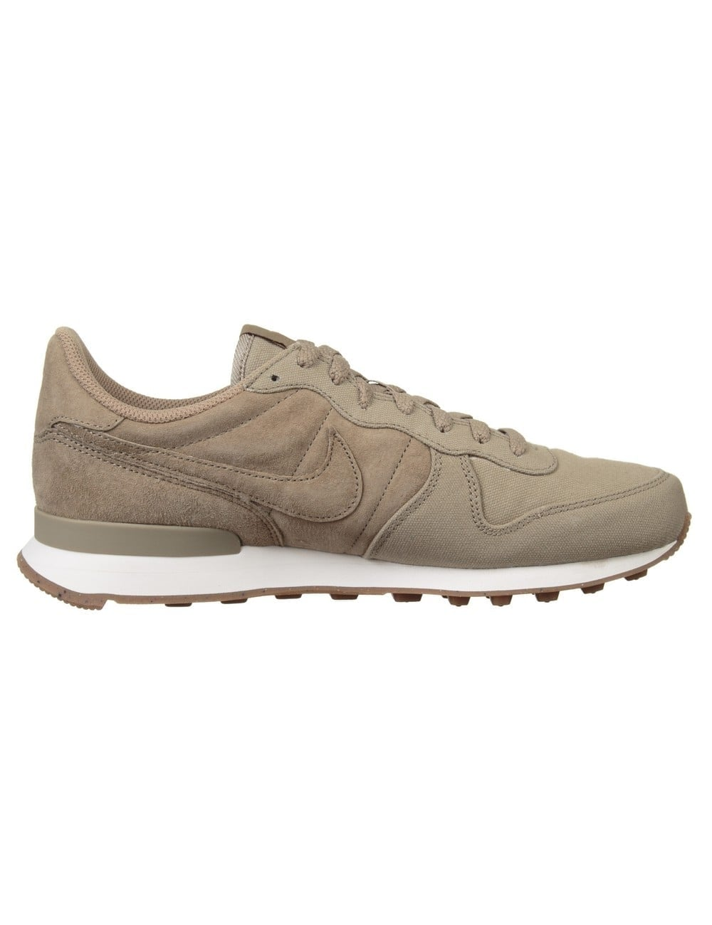 nike internationalist prm