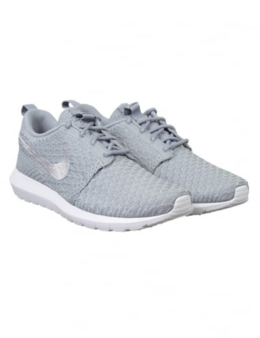 Roshe NM Flyknit Shoes - Wolf Grey