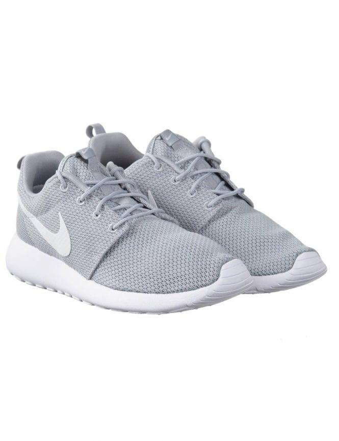 wholesale dealer 9d152 37fc9 Roshe Run Shoes - Wolf GreyWhite
