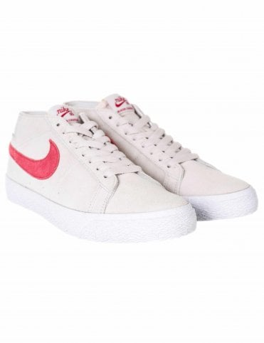 139010dd422e Nike SB Zoom Blazer Chukka Trainers - Vast Grey Team Crimson