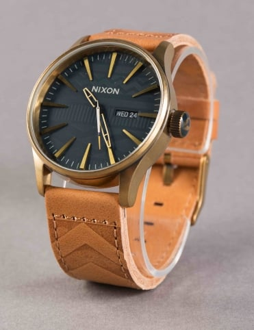 Sentry Leather Watch - Brass/Navy/Hickory