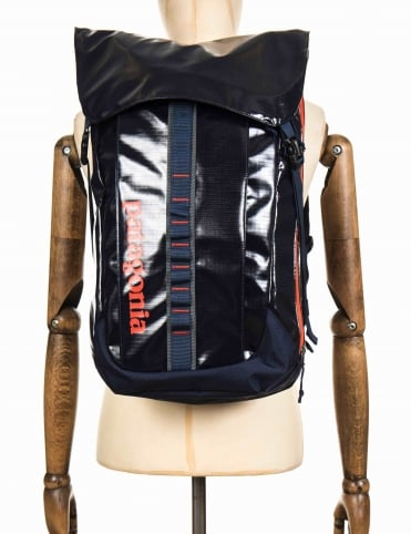 Black Hole 32L Backpack - Navy Blue/Paintbrush Red