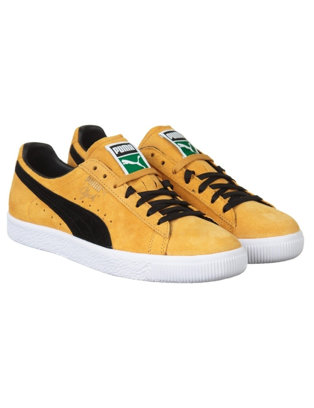 new arrival 2f2b3 037ef Clyde OG Shoes - Gold/Black (Flag Pack)