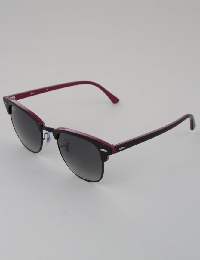 Ray-Ban Clubmaster Sunglasses - Top Black Red/Black // Grey Gradient