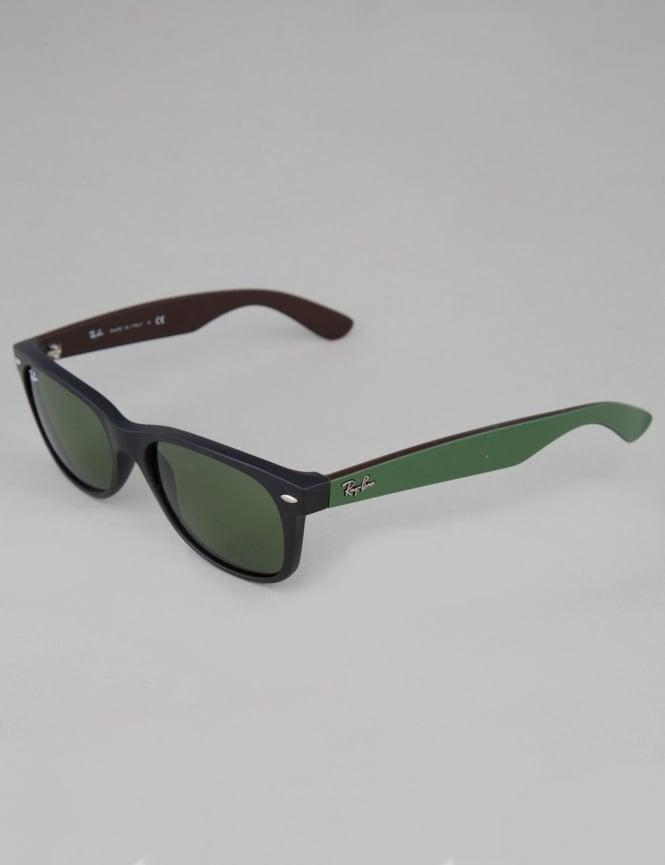 Ray-Ban New Wayfarer Sunglasses - Matte Black // Crystal Green