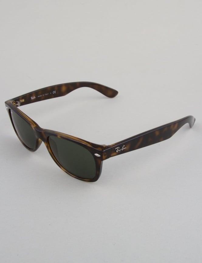 Ray-Ban New Wayfarer Sunglasses - Tortoise // Crystal Green