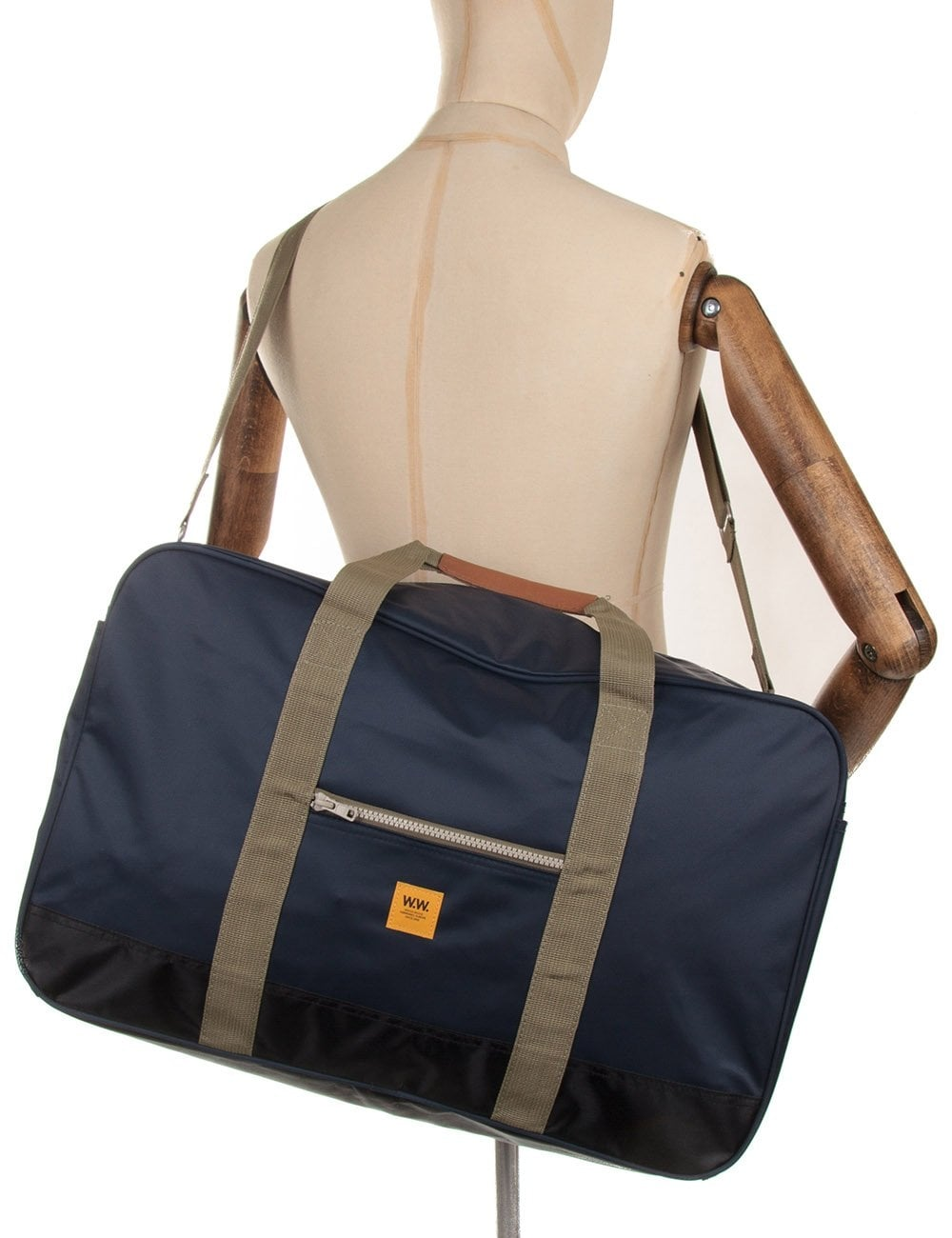 Wood Wood Ali Holdall Bag - Midnight Navy - Accessories from Fat ... 62d7b0b37